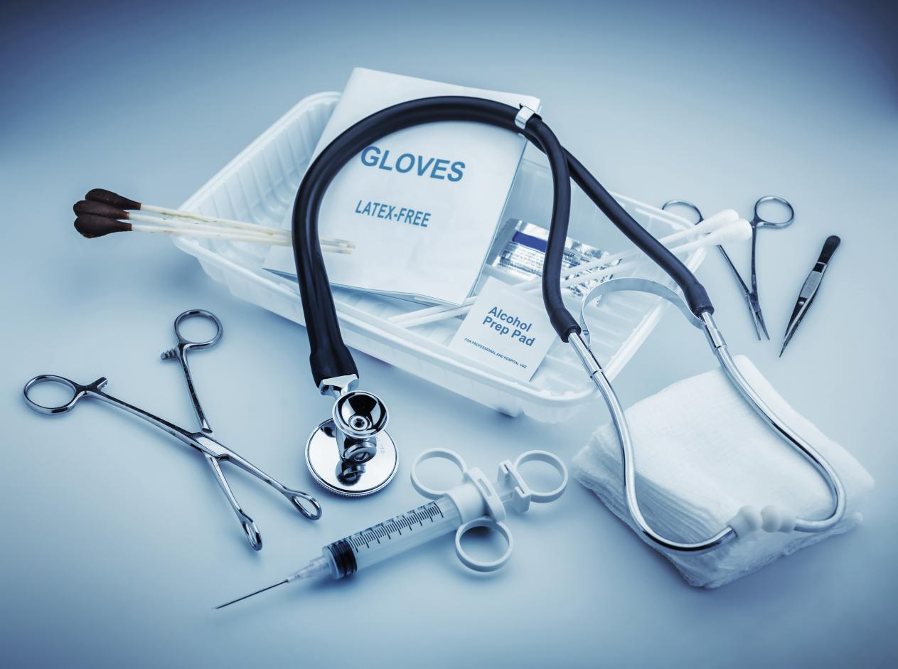CE prelungeşte scutirea temporară de taxe vamale şi TVA la importurile de dispozitive medicale şi echipamente de protecţie