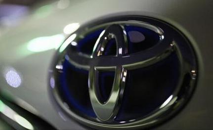 Toyota revine în fața Volkswagen în topul celor mai mari constructori auto din lume