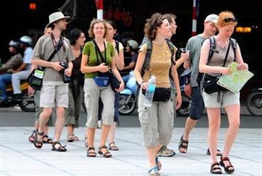 Guvernul a adoptat o ordonanţă privind garantarea pachetelor de servicii turistice în proporţie de 100%