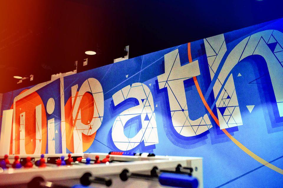 UiPath a strâns 1,34 miliarde de dolari prin Oferta Publică Iniţială derulată la Bursa de la New York