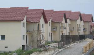 Scumpirea locuințelor încetinește, pe fondul scăderii cererii