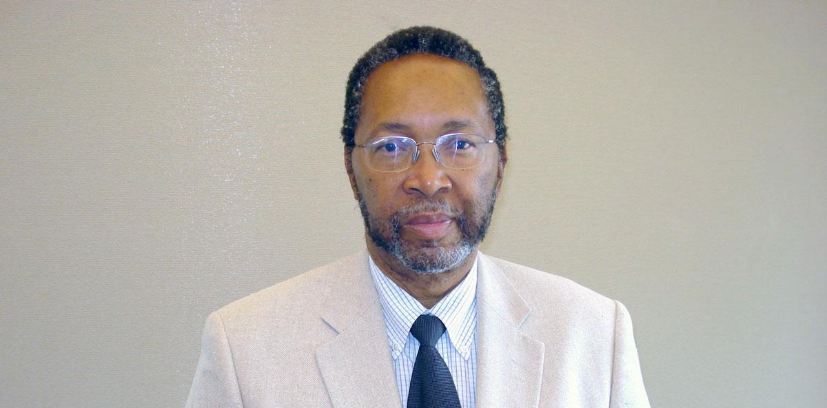 Cercetătorul și managerul american William B. Harvey este noul rector al Universității Danubius din Galați