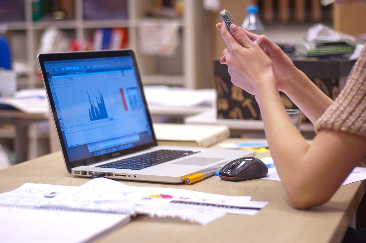 O platformă românească de învăţare pentru echipe care lucrează la distanţă atrage o investiţie de 200.000 de euro